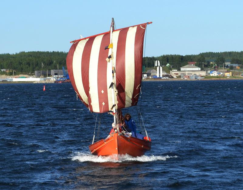 как называются лодки с парусами